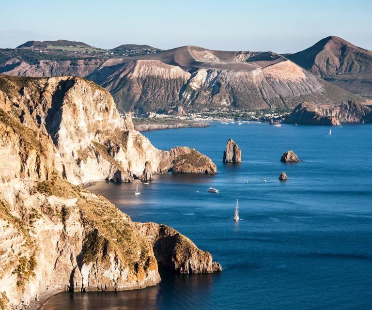 Wine and Catamaran Club - Aeolian Islands - Luxury Holidays - Catamaran Holidays