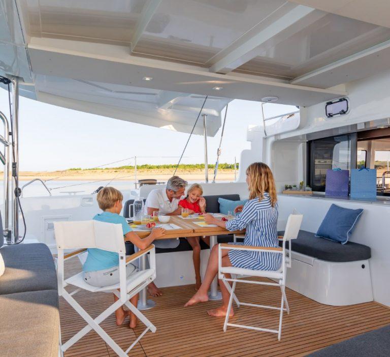 Wine and Catamaran Club Lagoon 46 Exterior Dining