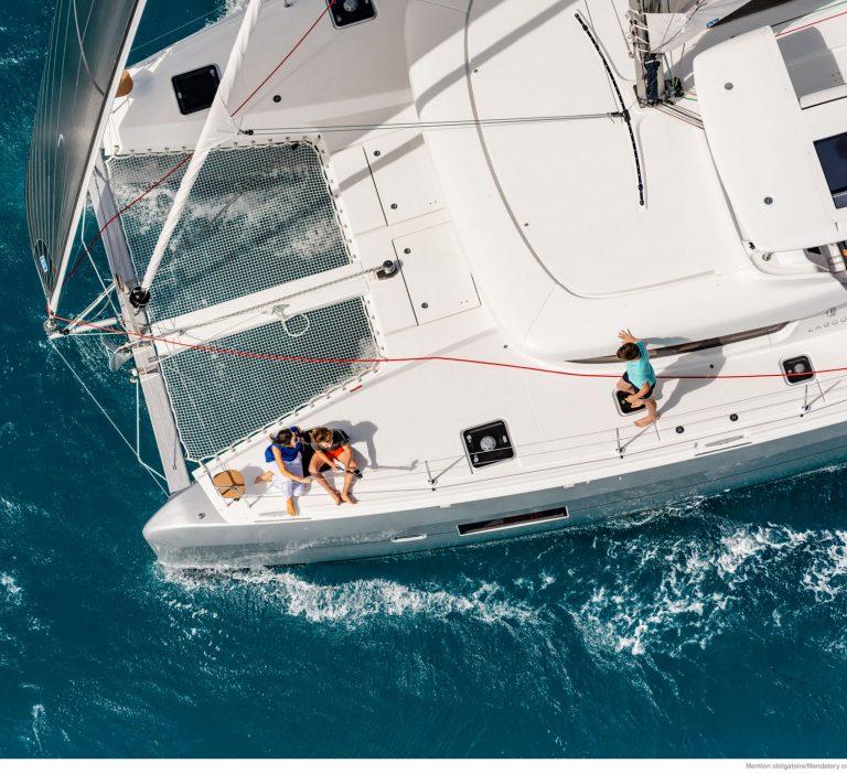 Wine and Catamaran Club, Lagoon 42 Under Sail