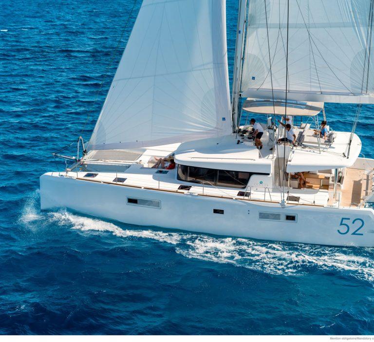 Wine and Catamaran Club, Lagoon 52 Under Sail