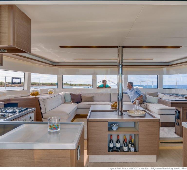 Wine and Catamaran Club Lagoon 50 Salon